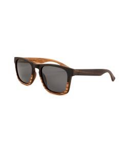 Hoentjen, wooden sunglasses - Drini Beach